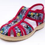 Появились в продаже текстильные сандалики